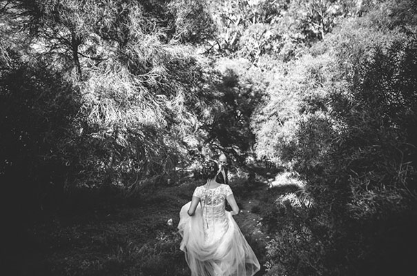 flower-crown-whimsical-wedding27