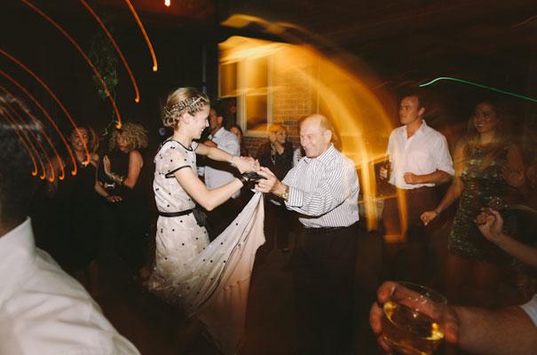 lara-hotz-sun-studios-fun-cool-jewish-wedding35