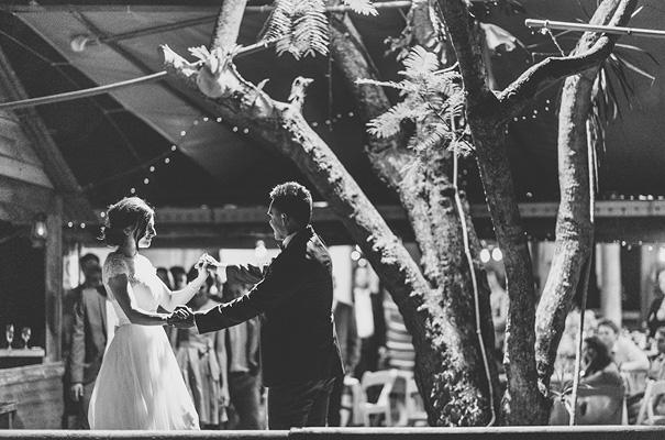 queensland-country-DIY-barn-wedding43