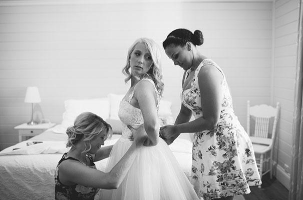 south-australian-country-wedding-short-dress8
