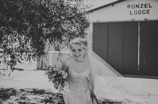 boho-gypsy-eclectric-wedding-bride-gwenndolyne-dress-gown15
