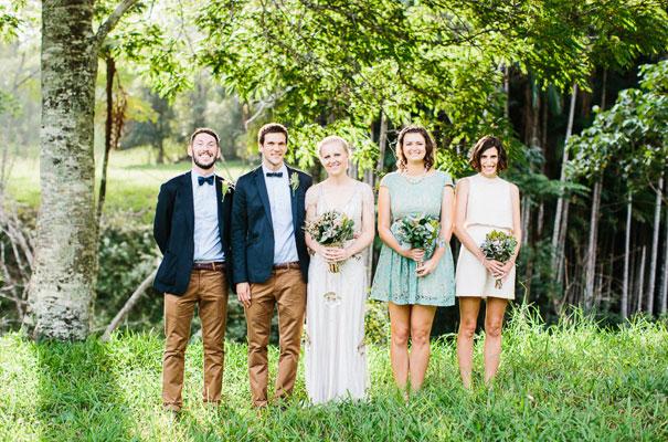 jenny-packham-bride-country-barn-diy-wedding25