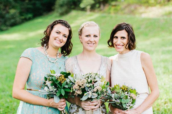 jenny-packham-bride-country-barn-diy-wedding28