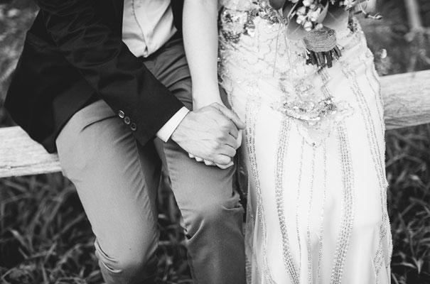 jenny-packham-bride-country-barn-diy-wedding31