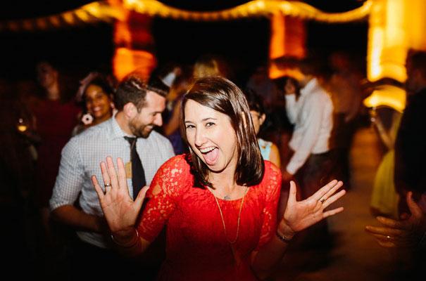 jenny-packham-bride-country-barn-diy-wedding48