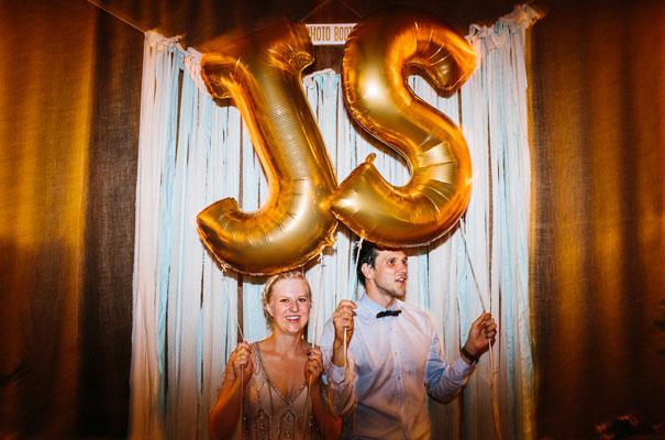 jenny-packham-bride-country-barn-diy-wedding51