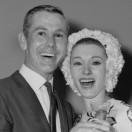 johnny-carson-wedding-retro-bride-flower-crown1