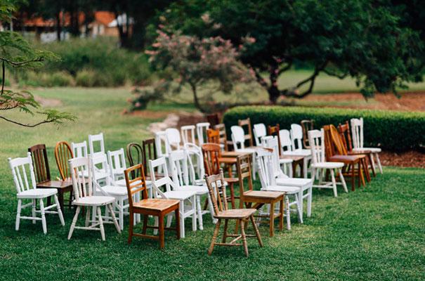 yellow-country-vintage-lace-dress-daisies-wedding-jess-jackson13