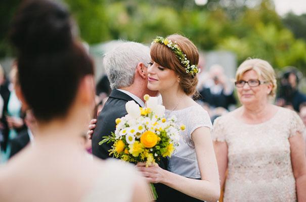 yellow-country-vintage-lace-dress-daisies-wedding-jess-jackson20