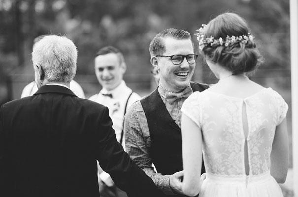 yellow-country-vintage-lace-dress-daisies-wedding-jess-jackson21