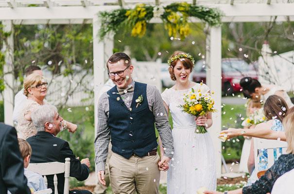 yellow-country-vintage-lace-dress-daisies-wedding-jess-jackson26