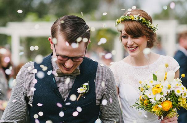 yellow-country-vintage-lace-dress-daisies-wedding-jess-jackson27