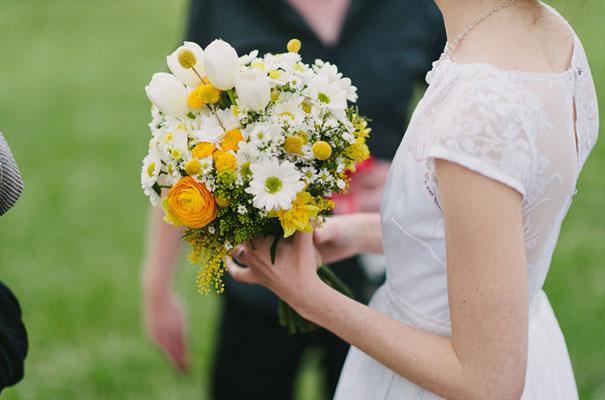 yellow-country-vintage-lace-dress-daisies-wedding-jess-jackson29