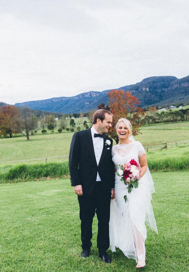 NSW-kangaroo-valley-country-wedding-pink-berry-flowers84