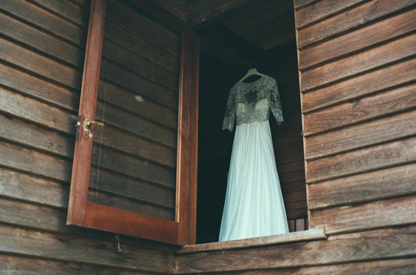 beautiful-country-farm-homemade-rustic-DIY-wedding-bride-groom12