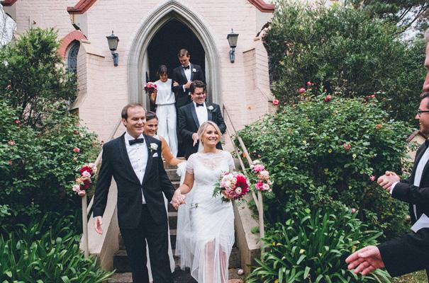 kangaroo-valley-country-wedding-pink-berry-flowers12