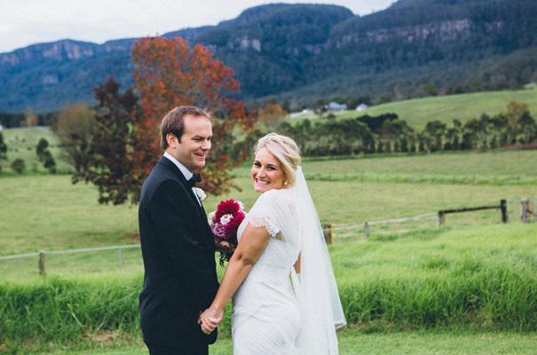 kangaroo-valley-country-wedding-pink-berry-flowers18