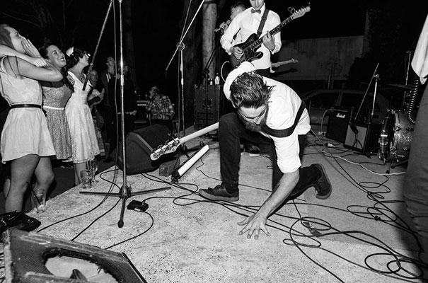 retro-vintage-rock-n-roll-bride-byron-bay-hinterland-wedding37