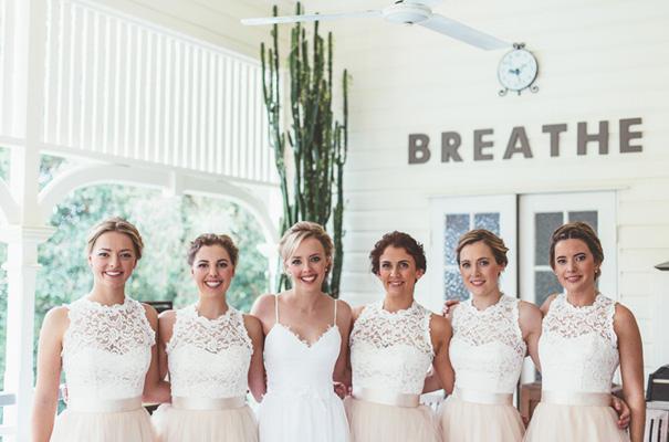 DIY-backyard-wedding-ladder-floral-styling-inspiration10