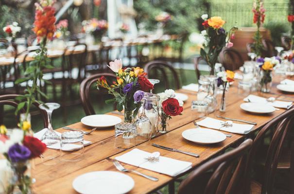 DIY-backyard-wedding-ladder-floral-styling-inspiration15