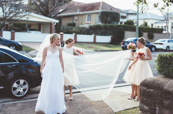 DIY-backyard-wedding-ladder-floral-styling-inspiration19