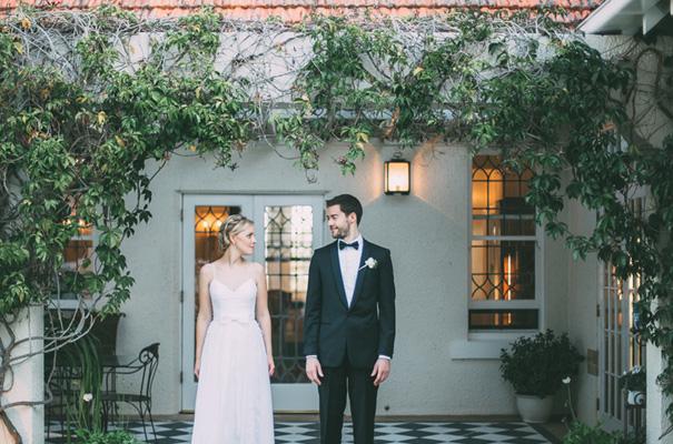 DIY-backyard-wedding-ladder-floral-styling-inspiration27