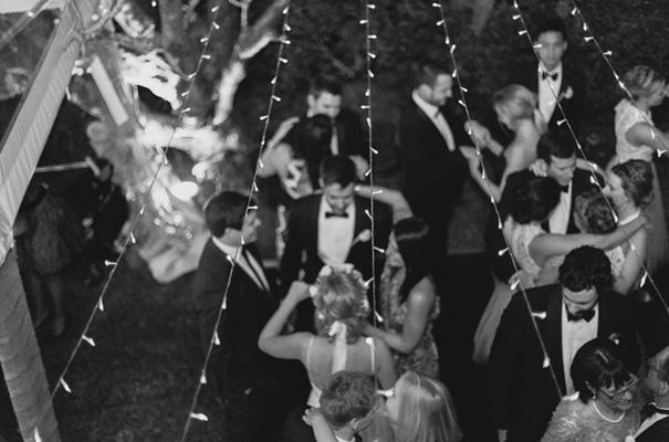DIY-backyard-wedding-ladder-floral-styling-inspiration40
