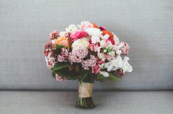 DIY-backyard-wedding-ladder-floral-styling-inspiration9