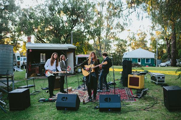 backyard-perth-diy-wedding24