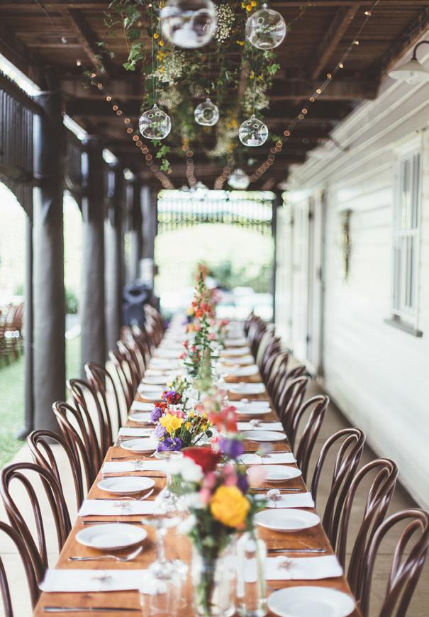 best-DIY-backyard-wedding-ladder-floral-styling-inspiration3