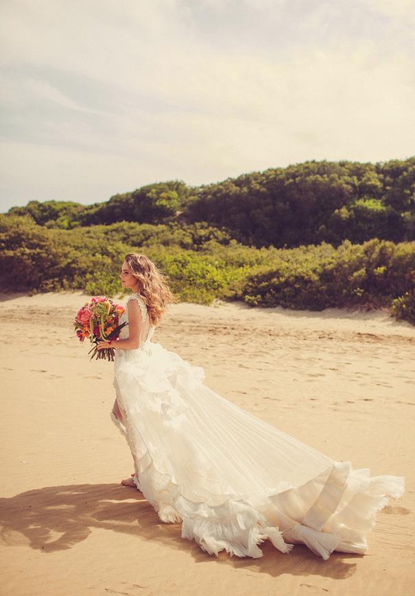 coolest-lovestoned-bridal-gown-wedding-dress-flower-hair-makeup-inspiration5