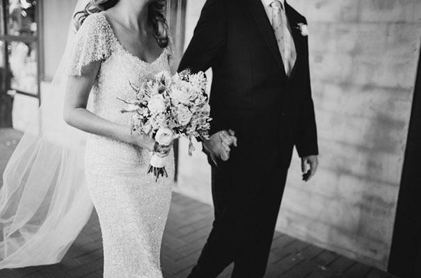 hunter-valley-wedding-photographer-amanda-garrett-bridal-gown19