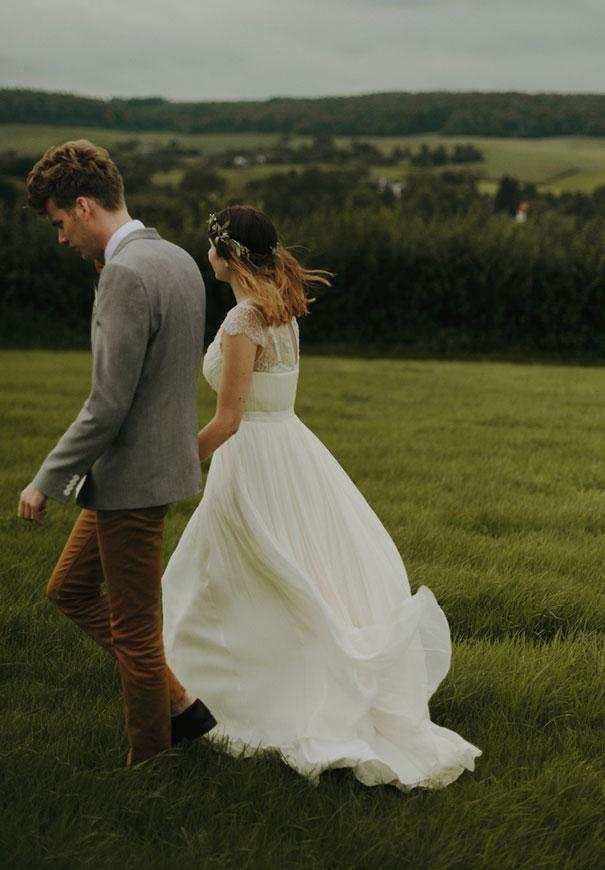 j-crew-wedding-dress-netherlands-real-wedding-provincial-backyard-bbq6