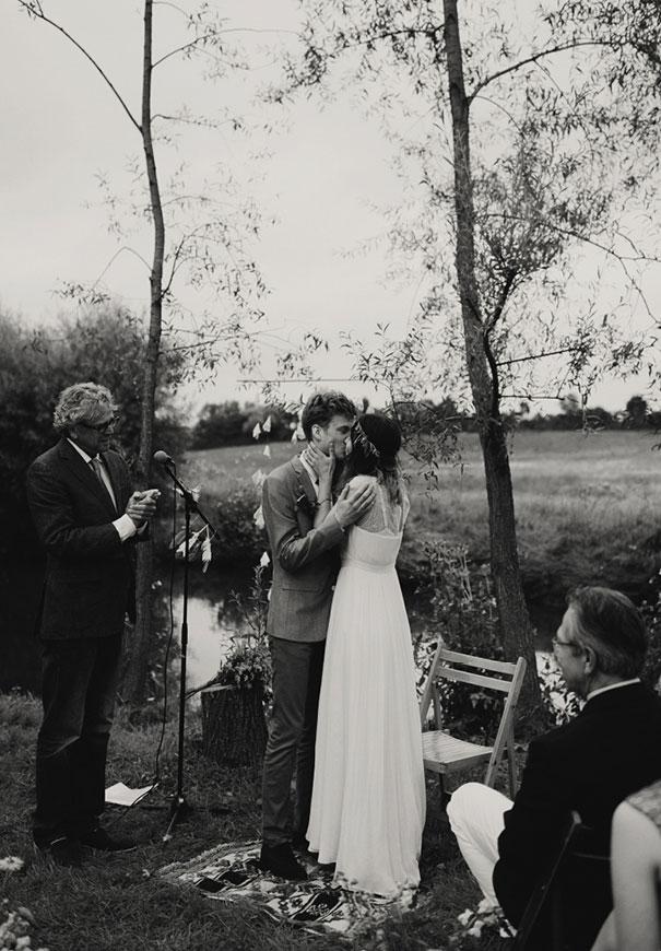 j-crew-wedding-dress-netherlands-real-wedding-provincial-backyard-bbq7