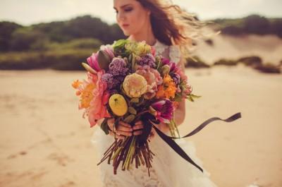lovestoned-bridal-gown-wedding-dress-flower-hair-makeup-inspiration9
