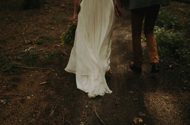 netherlands-real-wedding-provincial-backyard-bbq28
