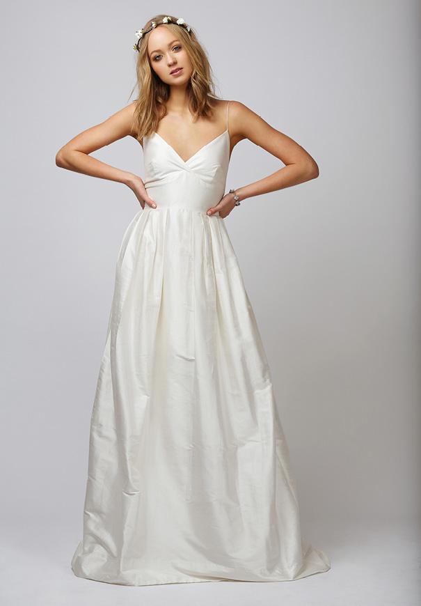 rue-de-seine-boho-gypsy-elegant-romantic-bridal-gown