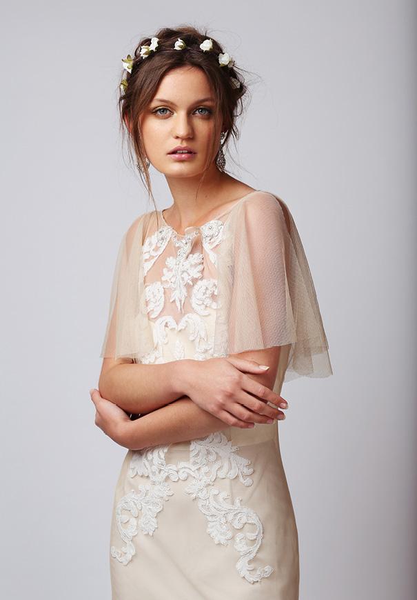 rue-de-seine-boho-gypsy-elegant-romantic-bridal-gown4