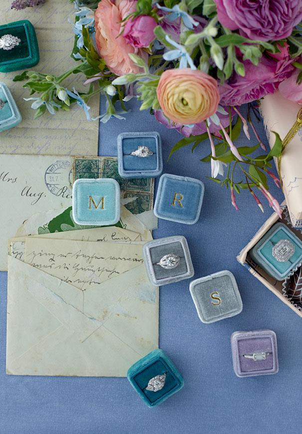 the-mrs-box-velvet-engagement-ring-gift2