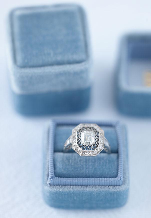 the-mrs-box-velvet-engagement-ring-gift5