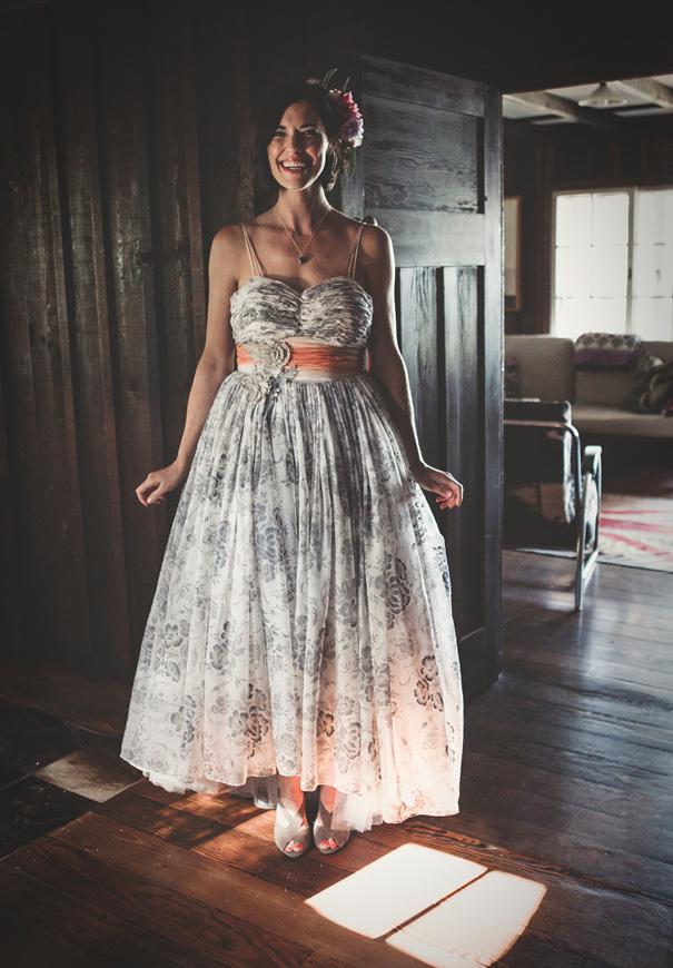 vintage-bridal-gown-blue-wedding-dress-backyard-inspiration2