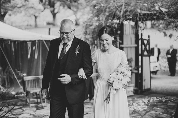 vintage-wedding-dress-bridal-gown-mt-kembla-wedding-photographer12