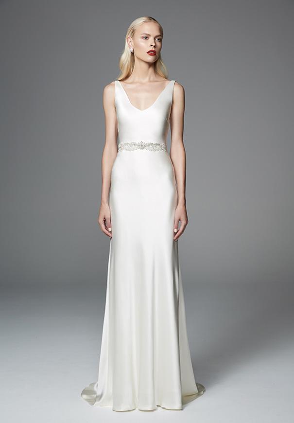 wildreness-Jennifer-Regan-bridal-gown-wedding-dress-lace-silk-long-sleeves3