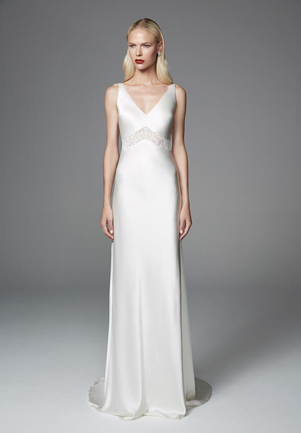 wildreness-Jennifer-Regan-bridal-gown-wedding-dress-lace-silk-long-sleeves9