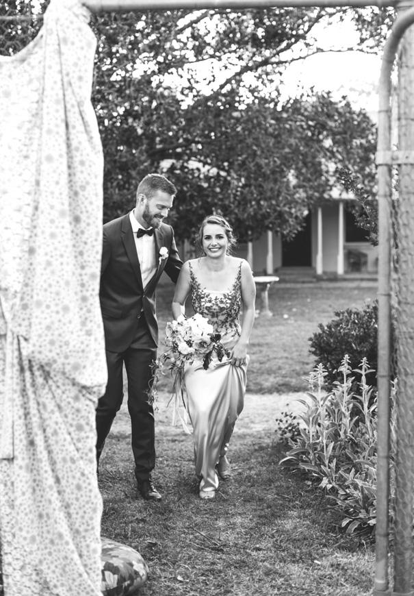 NSW-jardine-botanic-lara-hotz-country-wedding1321