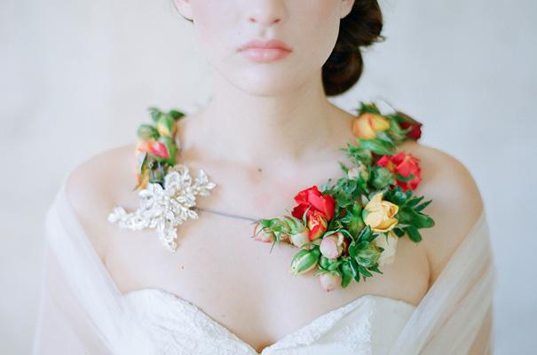 USA-twigs-and-honey-bridal-accessories-wedding-dress-elizabeth-messina32