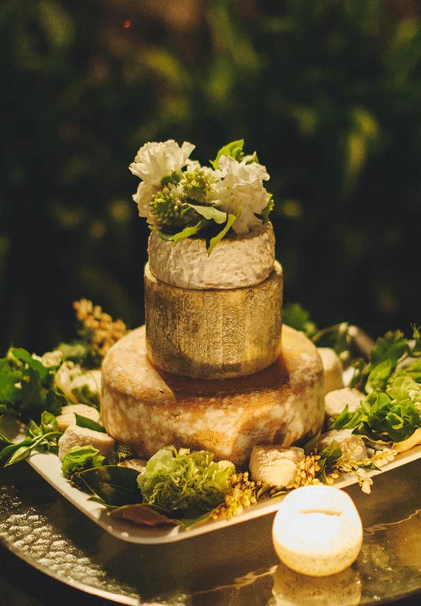 cool-wedding-cake-ideas-fruit-flowers-succulents-dessert15