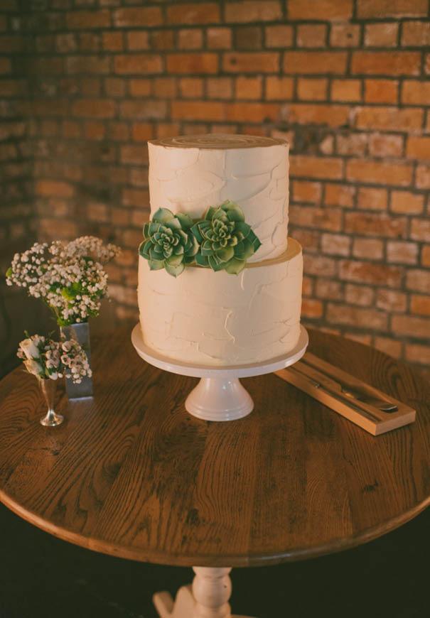 cool-wedding-cake-ideas-fruit-flowers-succulents-dessert3