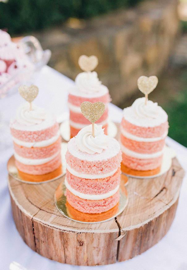 cool-wedding-cake-ideas-fruit-flowers-succulents-dessert4