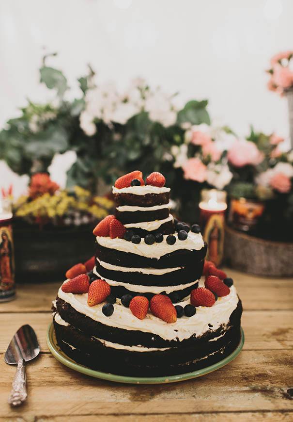 cool-wedding-cake-ideas-fruit-flowers-succulents-dessert6